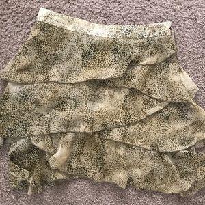 Jack ruffle skirt